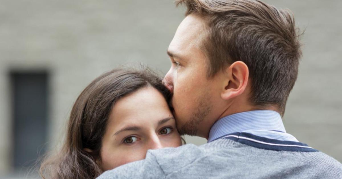 10 πράγματα που δεν πρέπει να κάνεις μετά την απιστία του συντρόφου σου